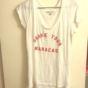 Shake your maracas tee
